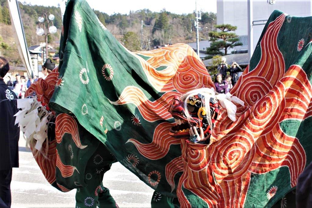 高山祭獅子舞