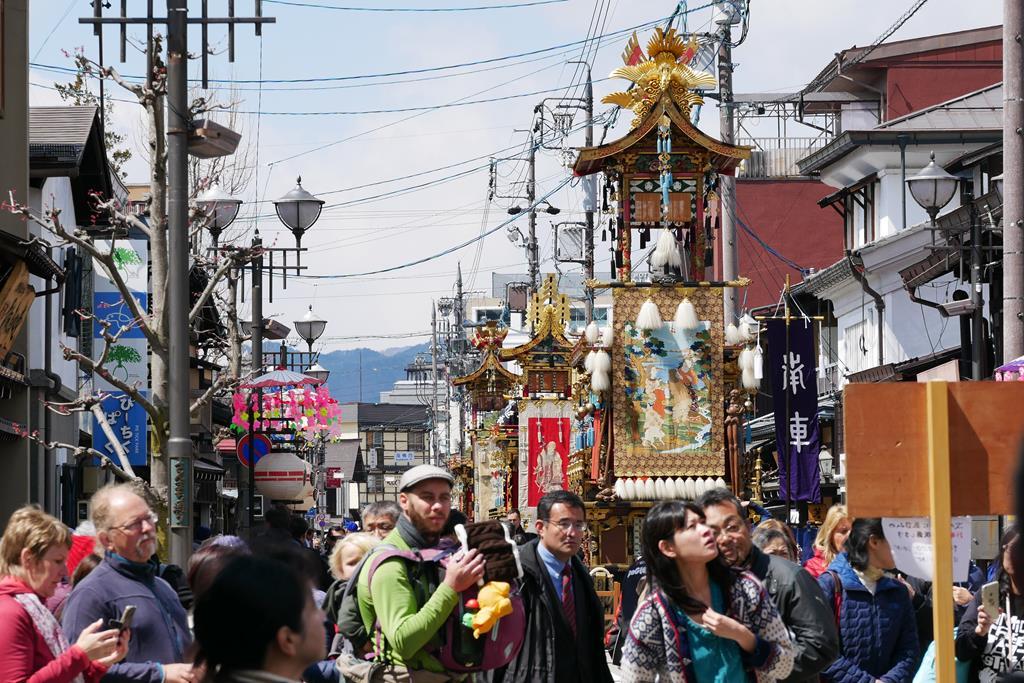 春之高山祭