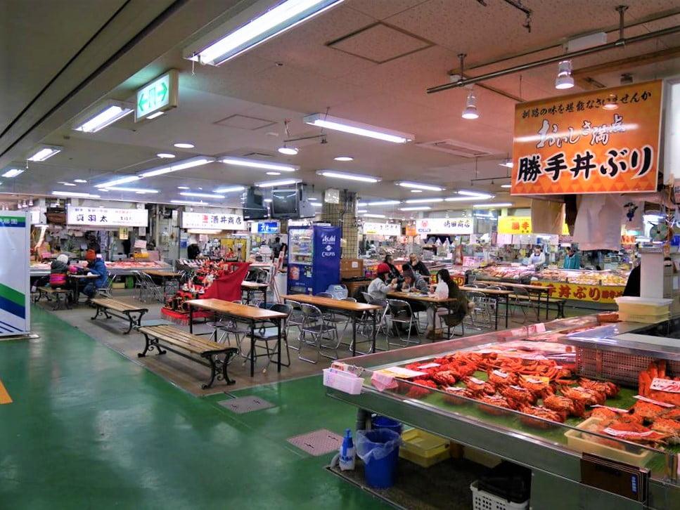 釧路和商市場勝手丼
