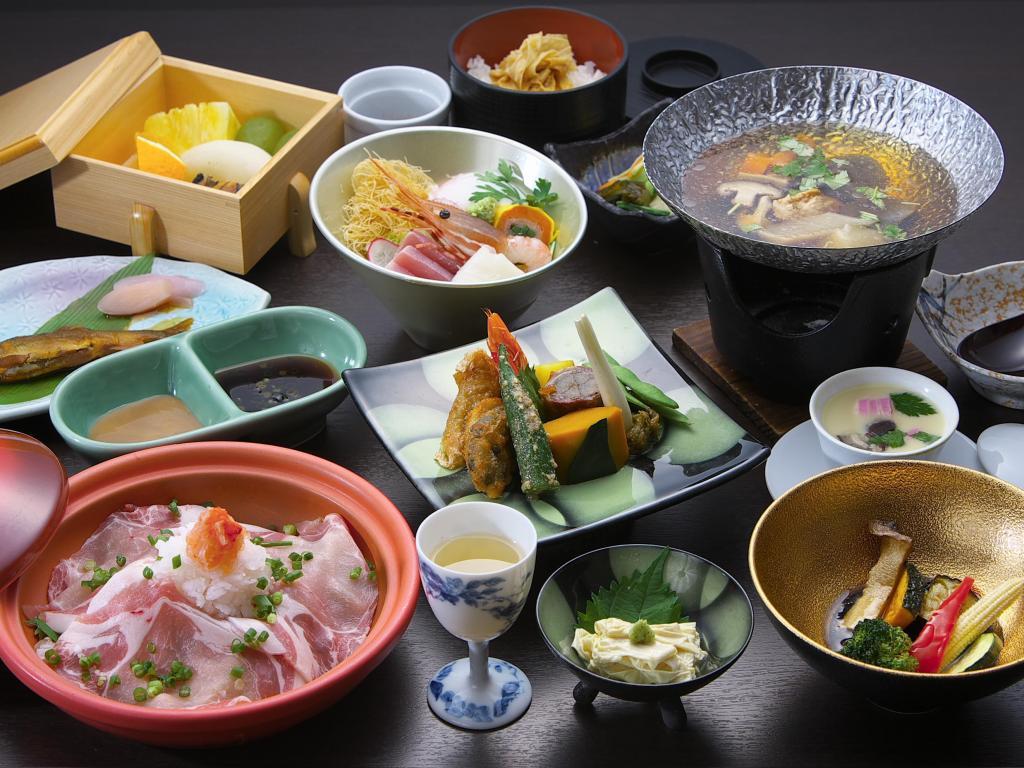 鬼怒川丸京旅館料理