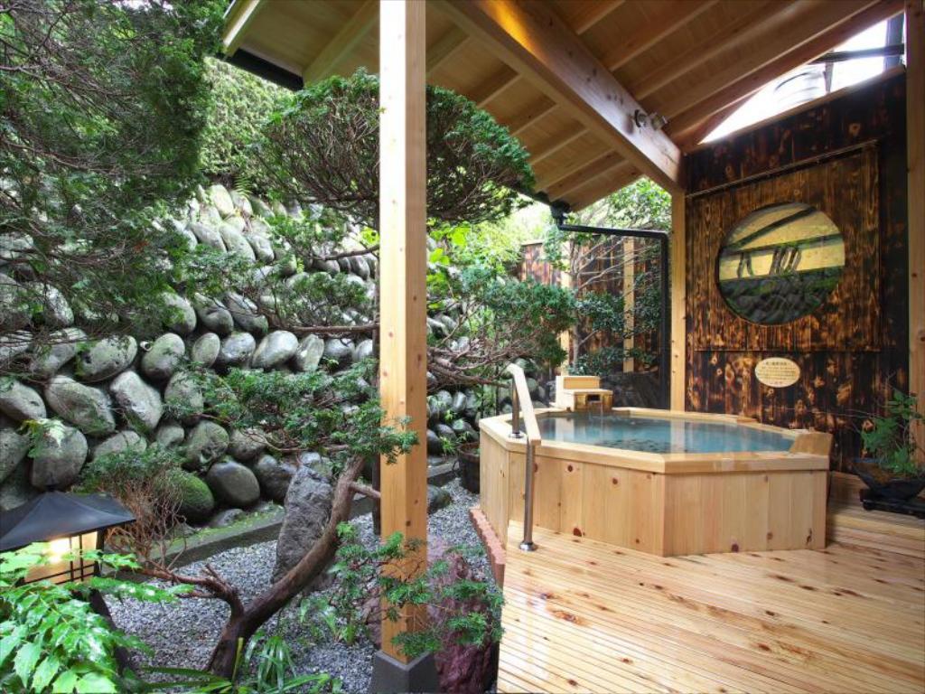 丸京旅館露天風呂