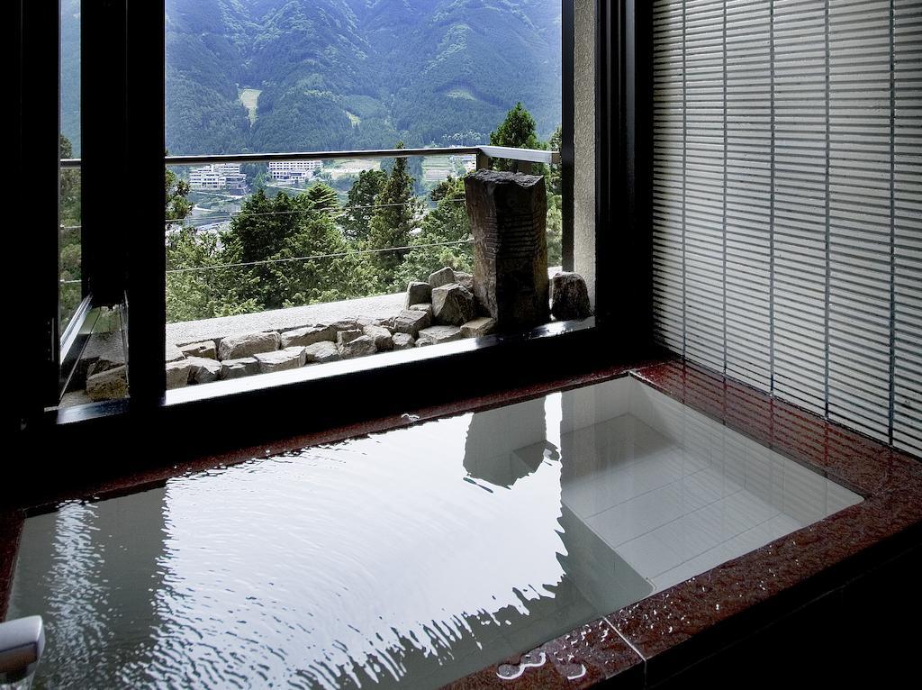 湯之島館景山莊半露天風呂