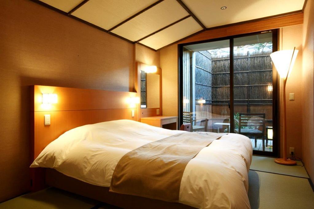 草津溫泉雙人床房附露天風呂