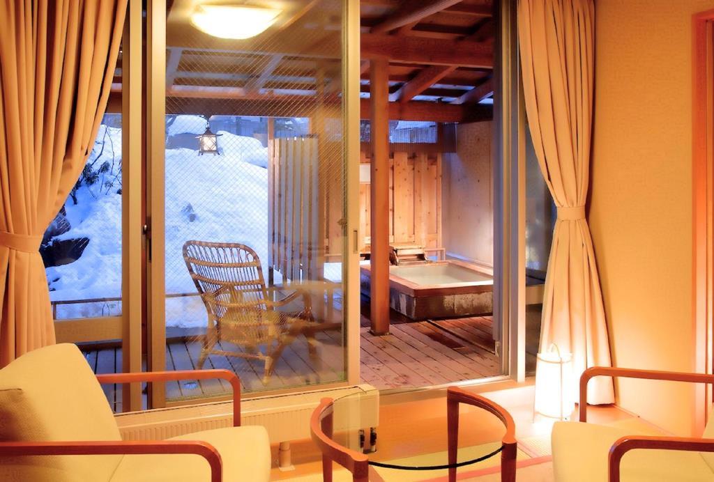 草津溫泉望雲雪松庵和室附露天風呂房
