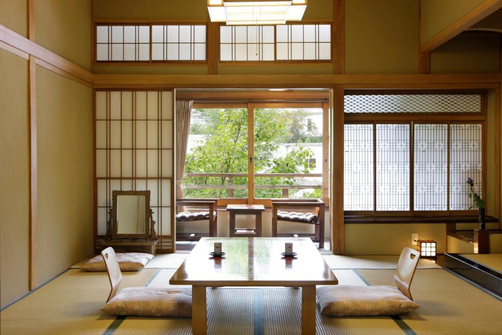 草津Hotel飯店本館一般和室