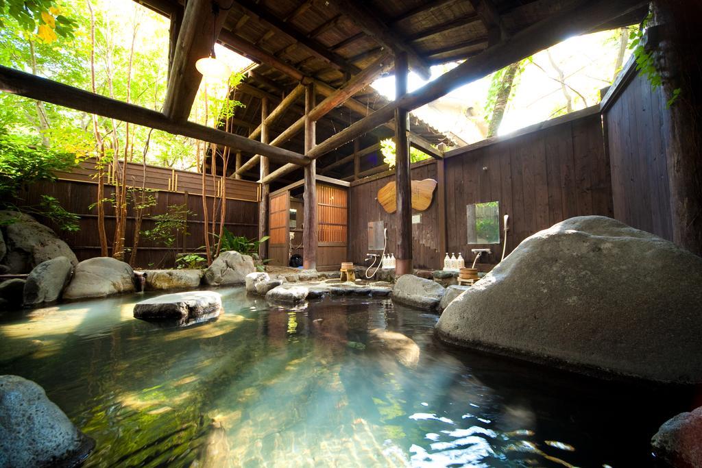 由布院仙洞旅館露天風呂