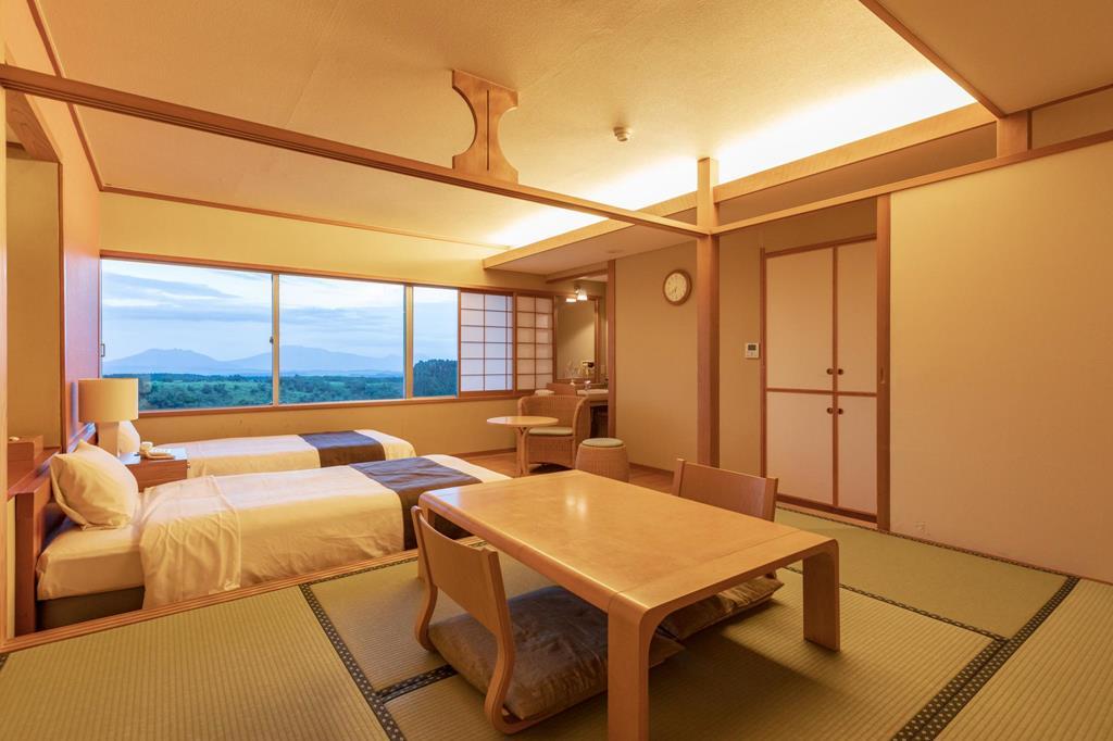 黑川瀨之本高原飯店東館和洋室