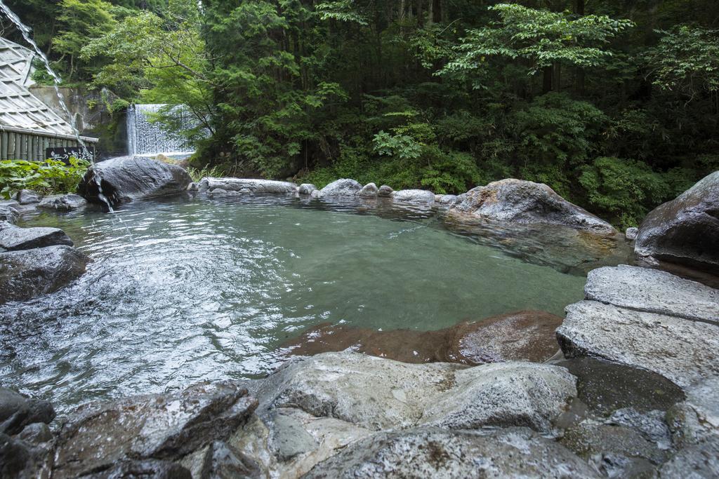 黑川溫泉奧之湯旅館混浴川風呂