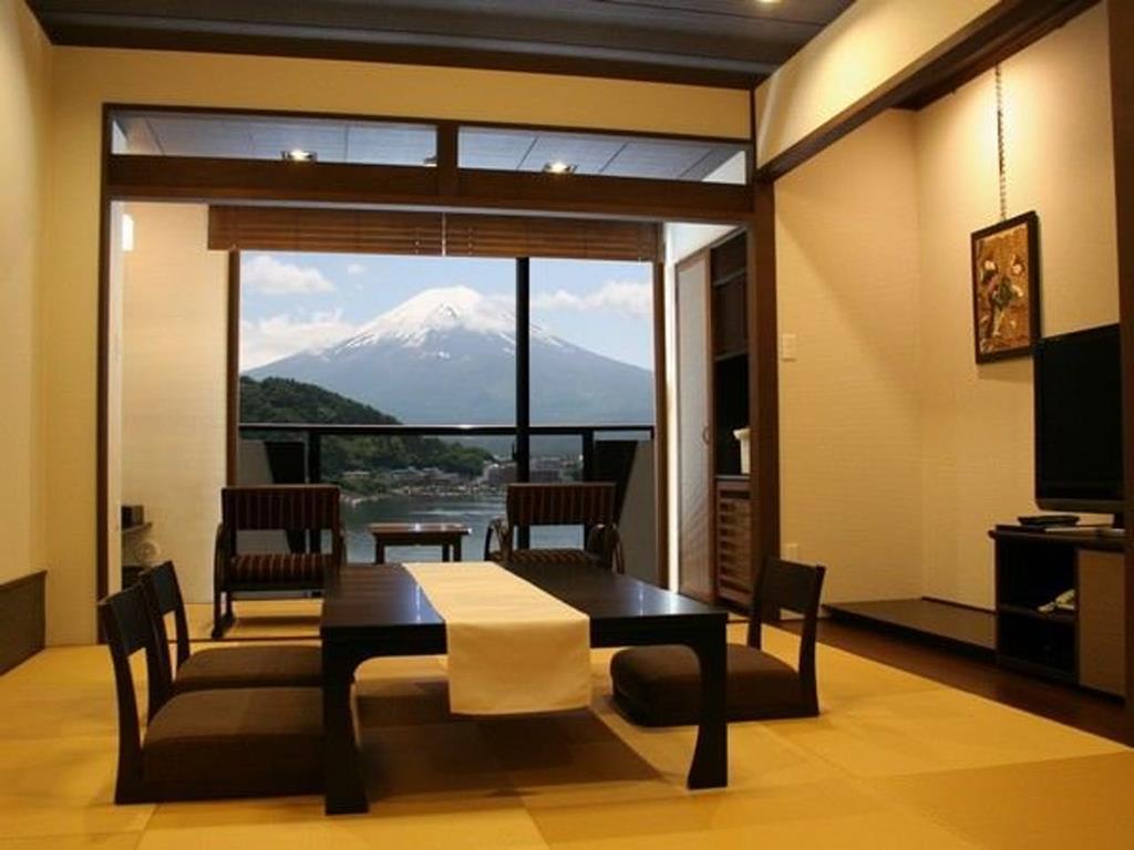 河口湖富士吟景別邸和室