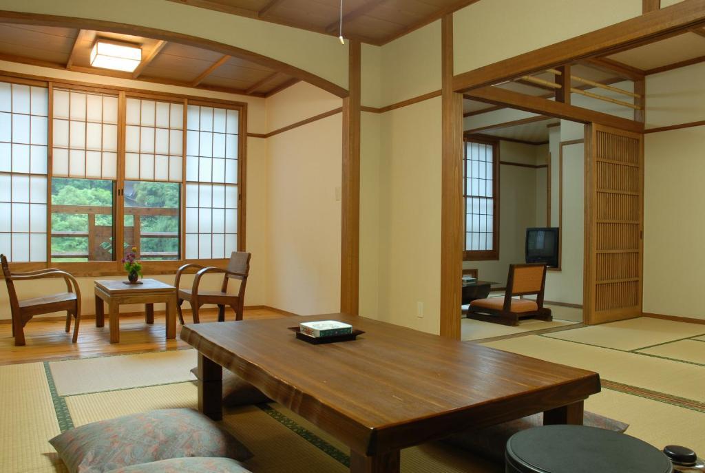 黑川溫泉山彥旅館高級和室