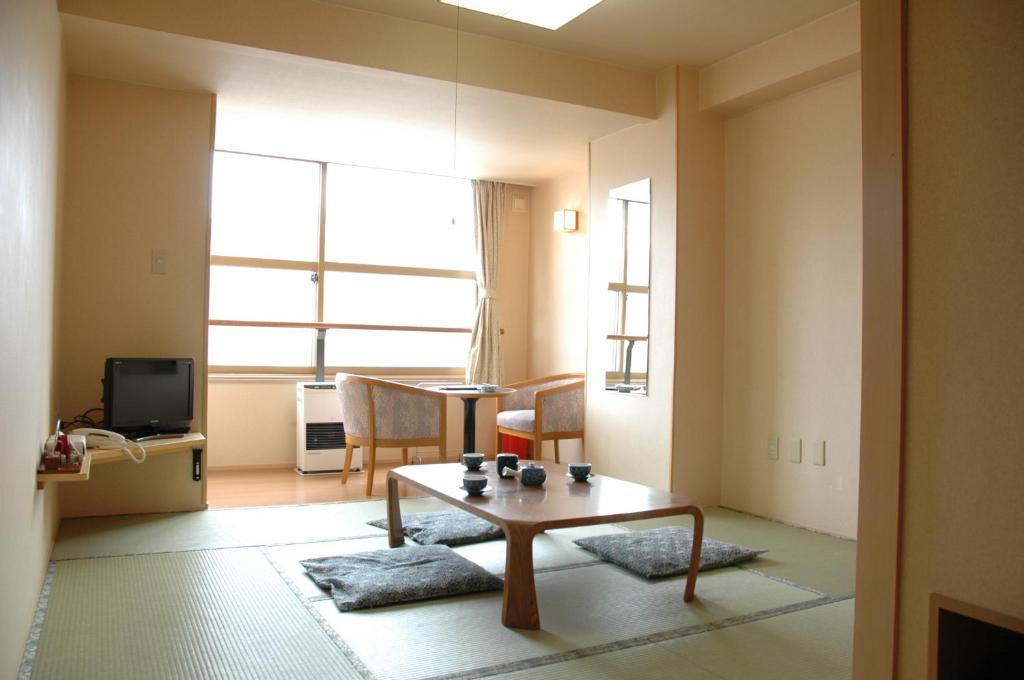 登別岩井飯店6帖榻榻米和室