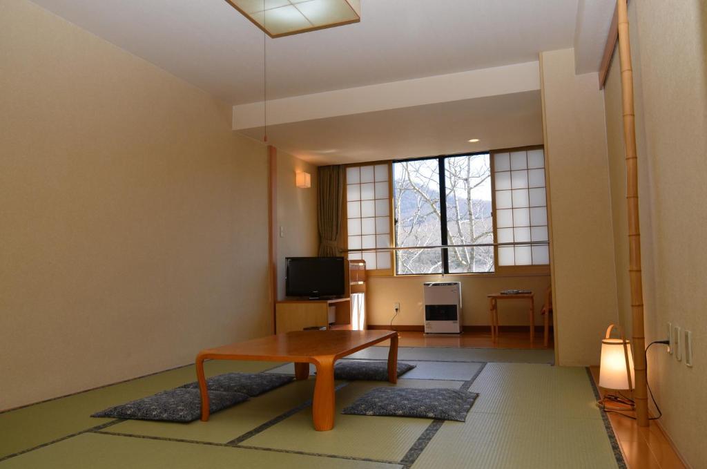 登別岩井飯店8帖榻榻米和室