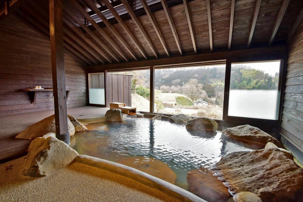 黑川溫泉Kounoyu旅館客室半露天風呂