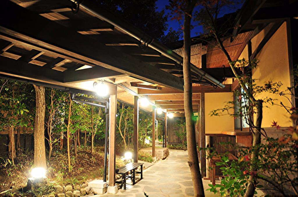黑川溫泉Kounoyu旅館庭園迴廊