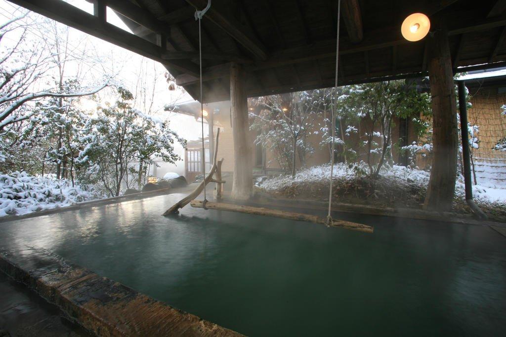 黑川溫泉Kounoyu旅館立湯池(女湯)
