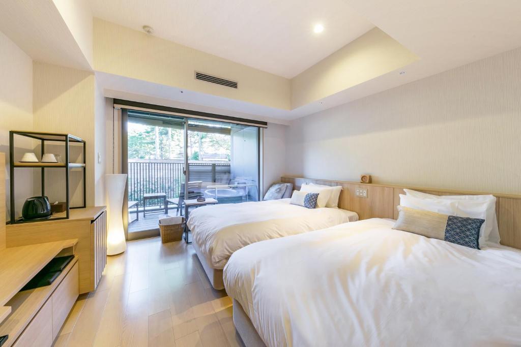 箱根溫泉花織飯店山景雙床房附露天風呂