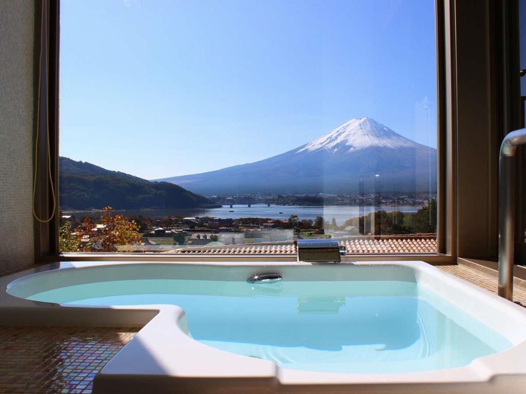 La Vista富士河口湖飯店房間展望風呂