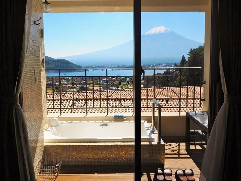 河口湖La Vista 雙人床房露天風呂