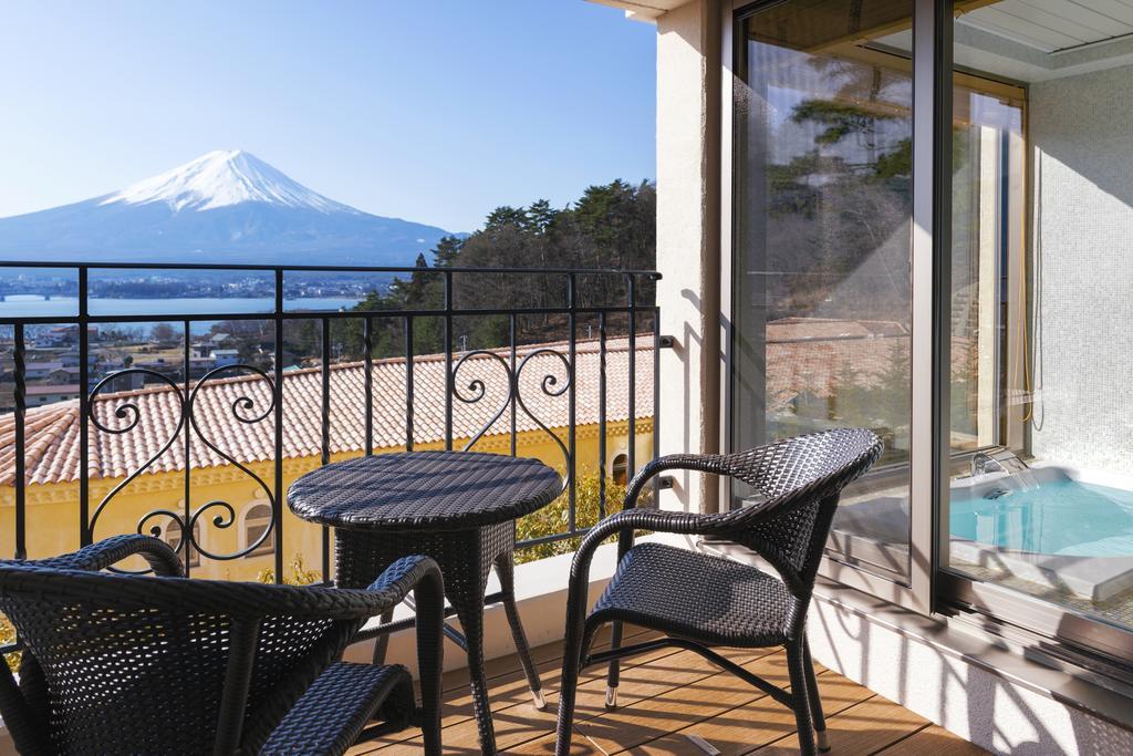 La Vista富士河口湖飯店房間景