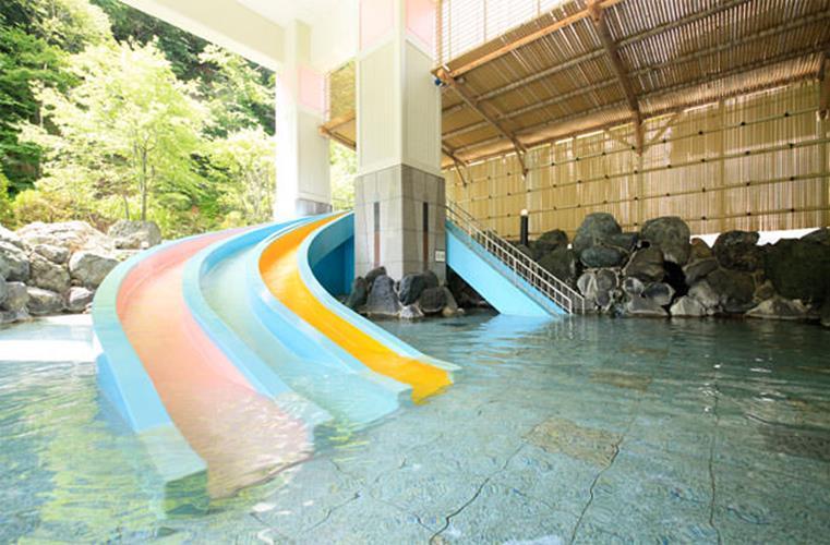 登別馬可波羅飯店溜滑梯溫泉池