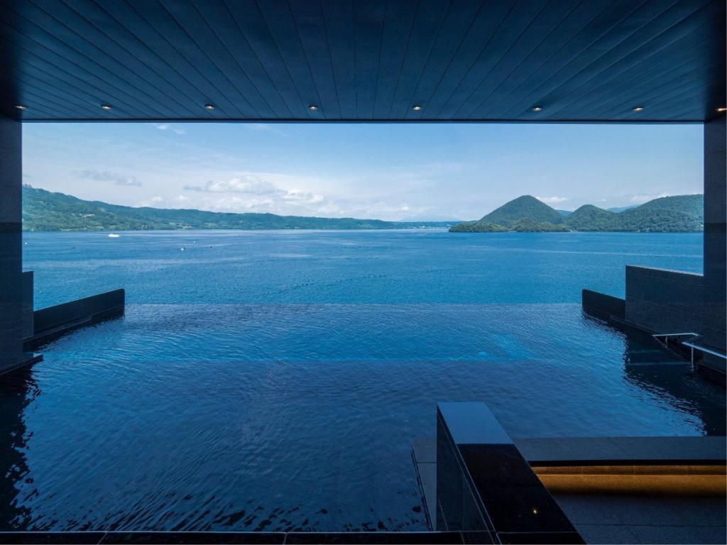 洞爺湖之栖飯店頂樓露天風呂