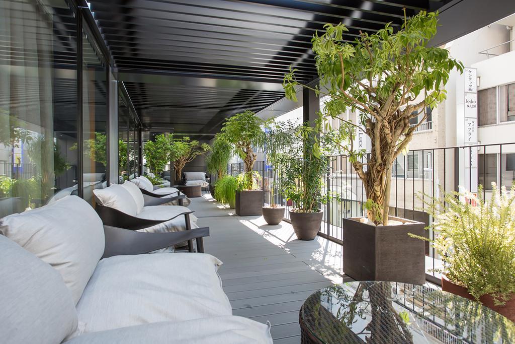 上野諾加飯店室外露台區