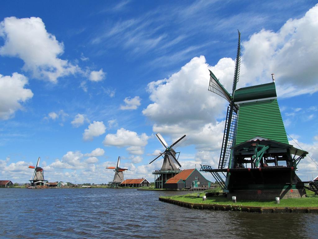 阿姆斯特丹近郊景點贊瑟斯漢斯風車村(Zaanse Schans)