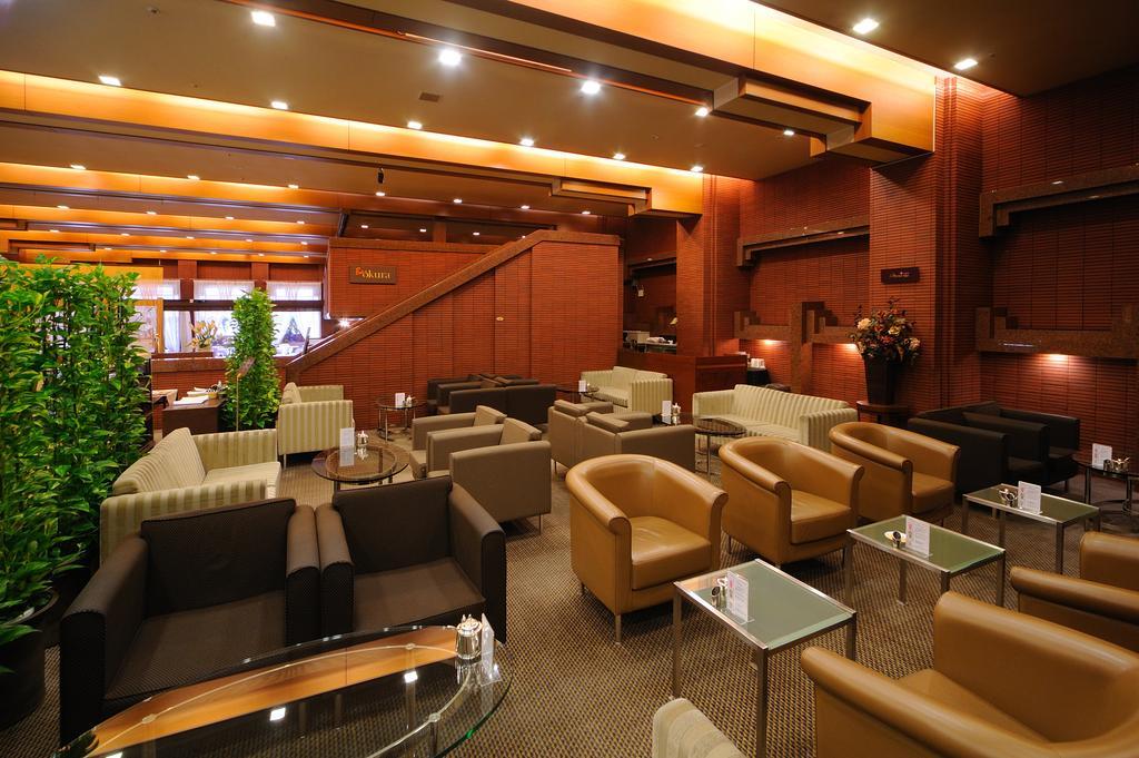 札幌大倉飯店大廳休息區