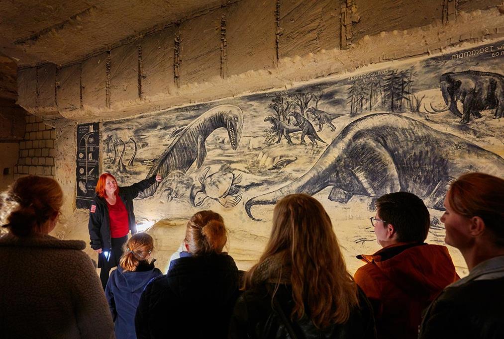 馬斯垂克地下洞穴壁畫