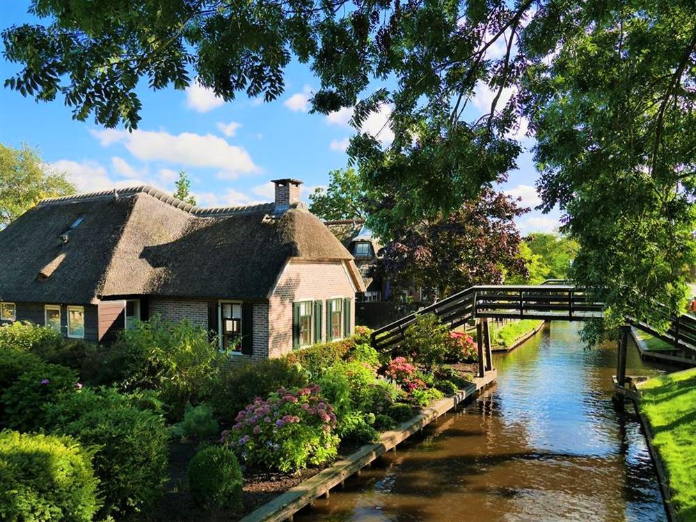荷蘭羊角村(Giethoorn)