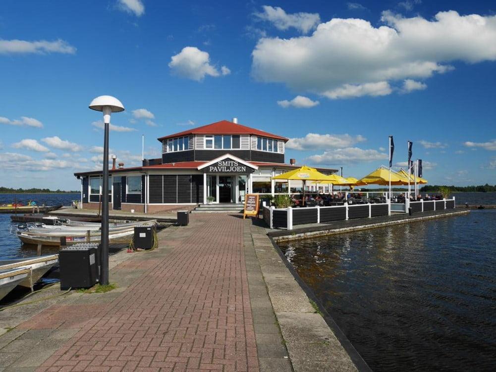 羊角村Smit's Paviljoen湖面餐廳