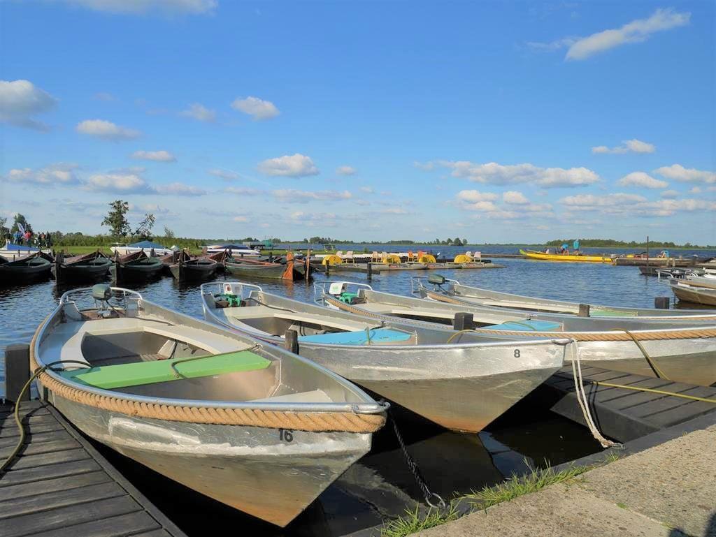 Bovenwijde湖停靠船隻