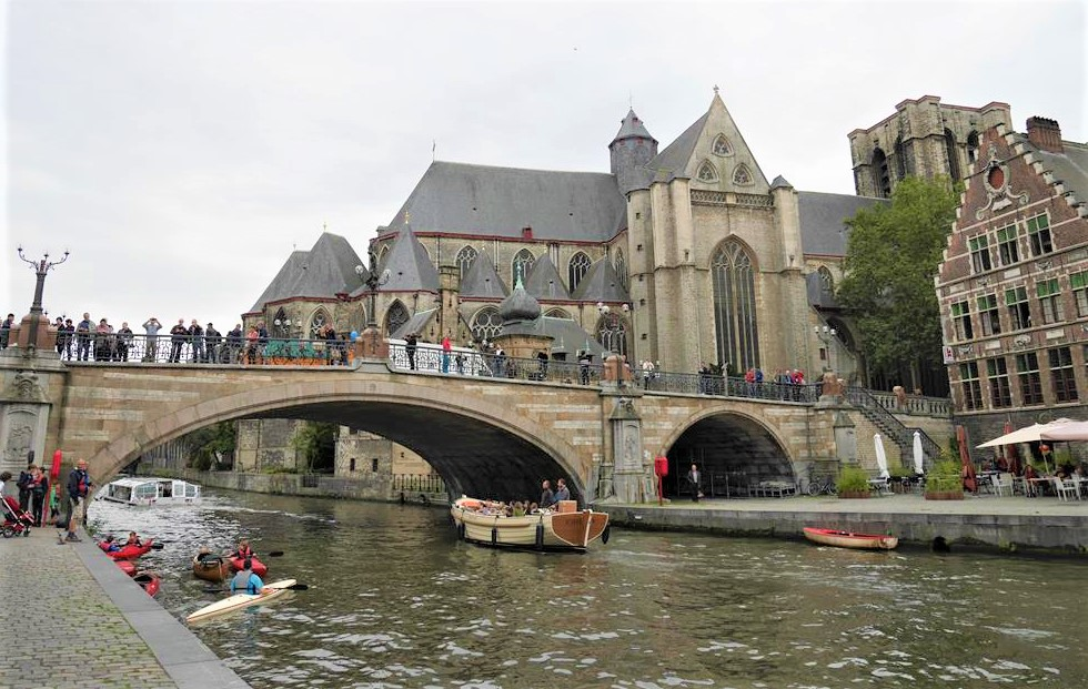 根特聖米歇爾橋及聖米歇爾教堂