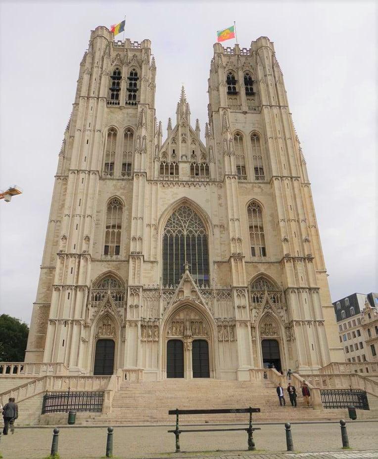 聖米歇爾聖古都勒主教座堂外觀