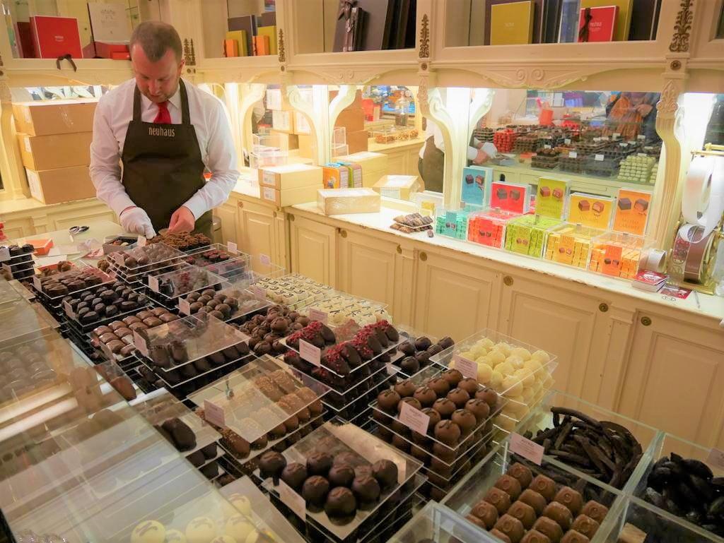 聖休伯特購物拱廊比利時巧克力店