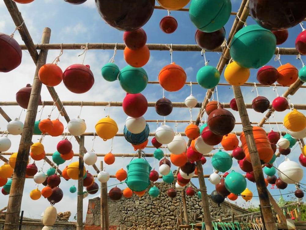 澎湖南寮浮球裝置藝術