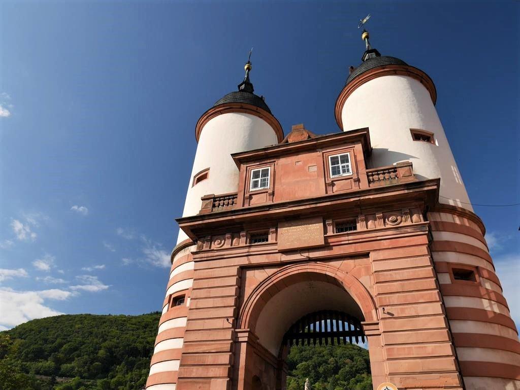 海德堡景點老橋雙塔門