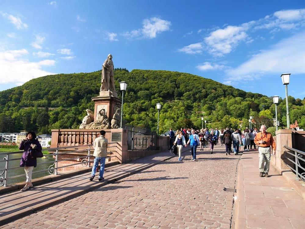 海德堡自由行老橋上景色