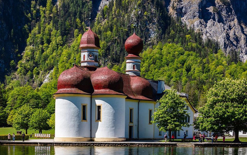 國王湖聖巴爾多祿茂教堂