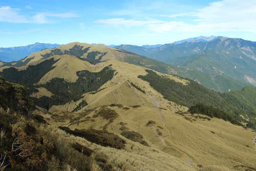 從合歡東峰步道回望景色