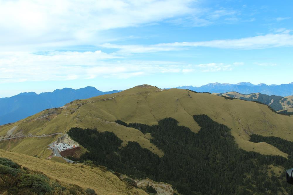 合歡東峰遠眺合歡主峰與武嶺