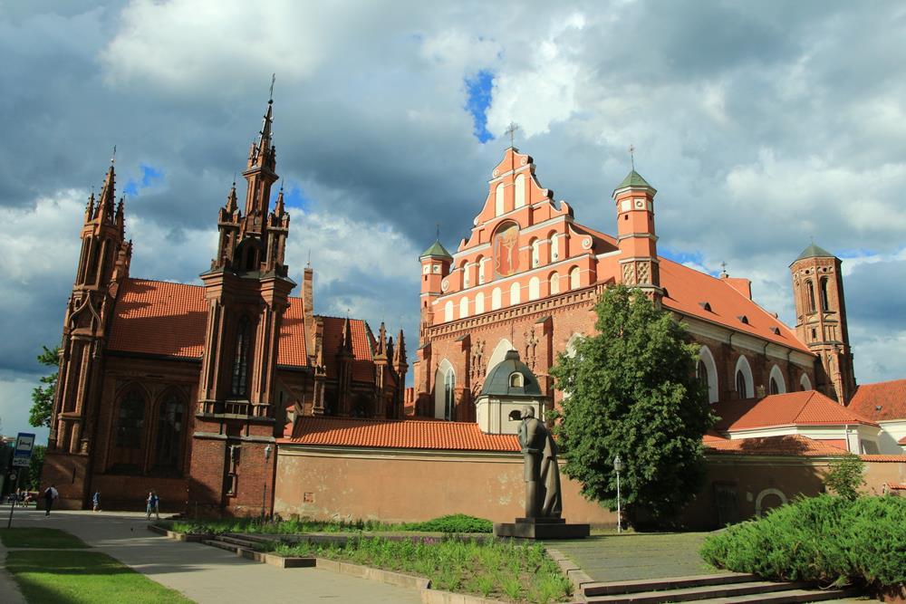 立陶宛自由行聖安妮教堂
