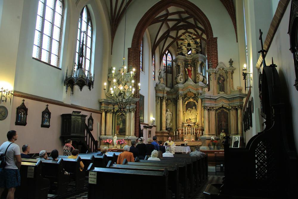 聖安妮教堂內部