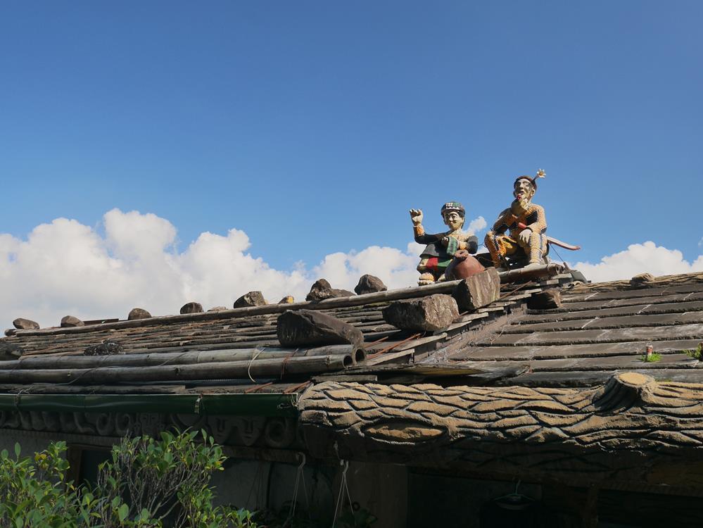 霧台石板屋屋頂雕像藝術