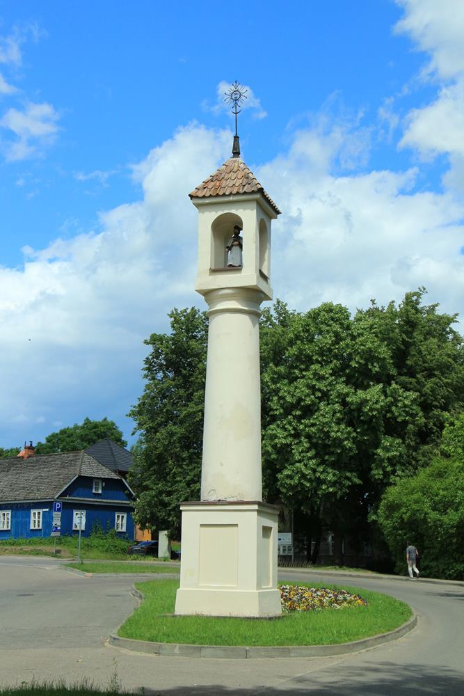 臬玻穆的若望教堂柱