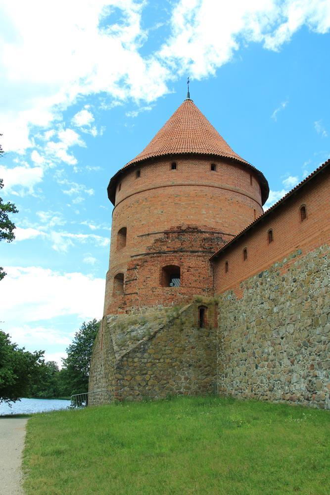 城堡的角樓與城牆