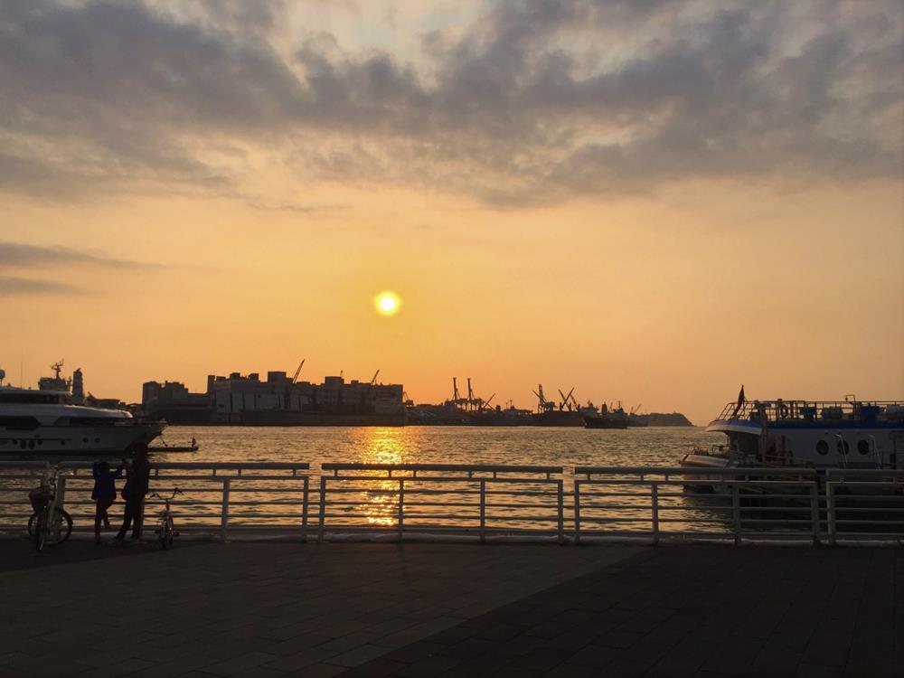 新光碼頭夕陽美景