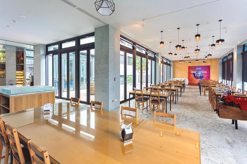 璽賓行旅餐廳環境
