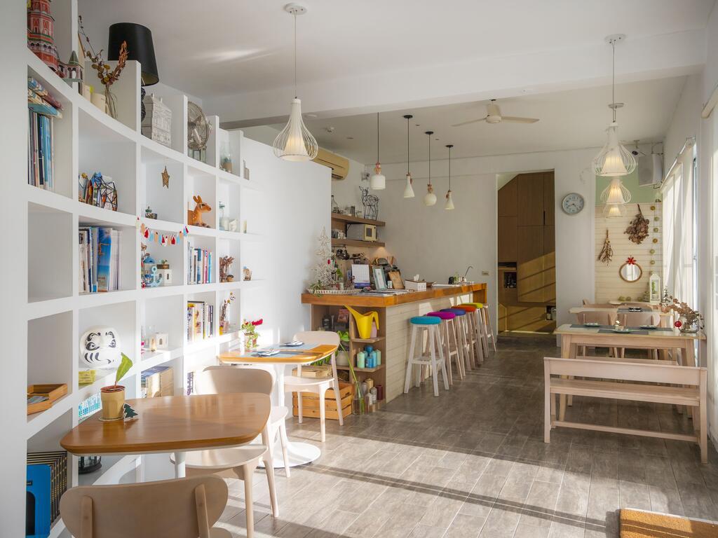 微逗留民宿一樓咖啡廳
