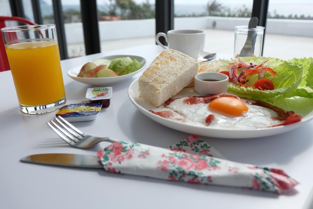 很久以前濱海民宿早餐